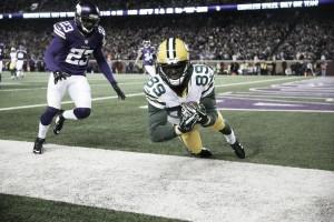 NFL Week 11: straordinario Cam, resistono imbattuti anche i Patriots