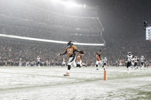 NFL Week 12: tacchino indigesto per New England, Carolina ancora perfetta