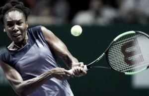 Em mais de 3h, Venus derrota Ostapenko e ganha sobrevida no WTA Finals