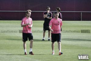 Entreno con cinco internacionales en el FC Barcelona