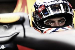 Una mala salida de Max Verstappen en Singapur le hace acabar sexto