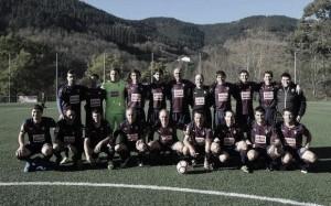 Los Veteranos del Eibar se imponen en el IV Torneo Internacional de Fútbol Senior
