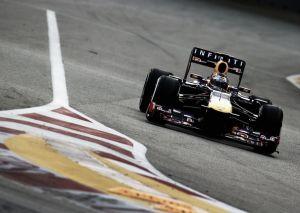 Vettel sigue al frente en los terceros libres del Gran Premio de Singapur