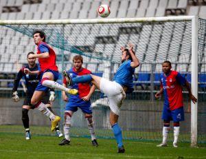 UP Langreo - SD Compostela: duelo propicio para mirar hacia arriba