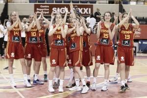 España domina hacia los cuartos