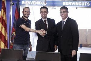 Aleix Vidal signs for Barcelona until 2020
