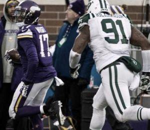 Vikings superó a Jets 30-24 en tiempo extra