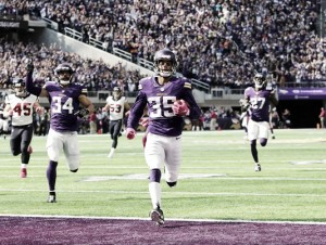 Minnesota Vikings maintain unbeaten start with 31-13 win over Houston Texans