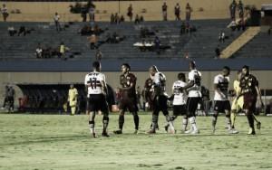 Vila Nova tropeça no desesperado Santa Cruz e segue fora do G-4 da Série B