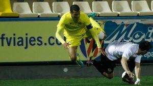 C.E. L'Hospitalet – Villarreal B: los amarillos buscan seguir en lo alto
