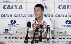 Meia Vinícius espera marcar contra Fluminense e ajudar Bahia a encerrar jejum de vitórias