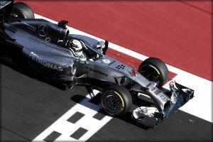 Vittoria facile per Hamilton in Russia, Mercedes campione