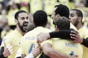 Jogadores avaliam vitória do Brasil sobre o Canadá pela Liga Mundial; Dal Zotto elogia adversário