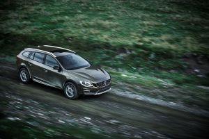 Volvo V60 Cross Country, listo para llenarse de barro