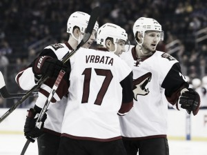 Arizona Coyotes continue losing streak against New York Rangers