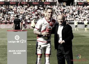 Raúl de Tomás será jugador blanco hasta 2023