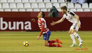 Tropiezo preocupante del Granada en el Carlos Belmonte