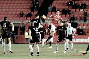 El Huesca termina el año siendo líder en segunda división