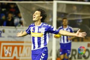 El Deportivo Alavés sigue sumando