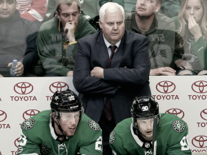 Hitchcock de los más ganadores de la NHL