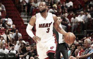 Una temporada más para Wade en Miami