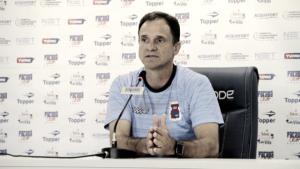 Após dois meses de trabalho, Wagner Lopes não é mais técnico do Paraná