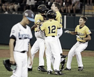 2016 Little League World Series: Southeast rallies late to walkoff against Northwest