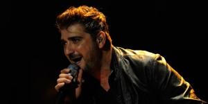 Antonio Orozco sale de Alicante como un héroe