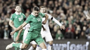 Republic of Ireland 2-0 Bosnia-Herzegovina: Walters double sends Ireland to Euro 2016
