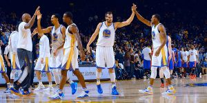 Resumen NBA: los Warriors siguen invencibles y Minnesota da la sorpresa