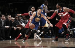 Curry pone la magia en el Verizon Center