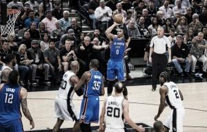 Westbrook agota a los Spurs y les pone contra las cuerdas