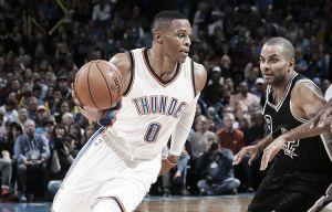 Nba, Westbrook e i Thunder stendono gli Spurs (112-106). Buona la prima per Donovan
