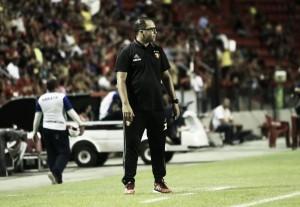 """Técnico do Sub-20, Júnior Câmara exalta modernização tática: """"Existe variação com um jogador"""""""