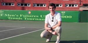 """Entrevista. Iñaki Navalón: """"Compaginar los estudios con el arbitraje es difícil"""""""