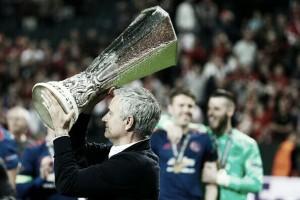 """Mourinho exalta temporada e comemora título da UEL: """"Mais importante da minha carreira"""""""