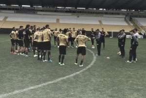 Beto Campos confirma escalação do Criciúma e pede atenção contra Boa Esporte