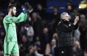Mourinho afirma que especulação de De Gea no Real Madrid 'não faz sentido'