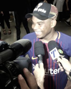 """Após duelo contra Barcelona Legends, Carlinhos Bala destaca importância do jogo: """"Vai ficar marcado"""""""