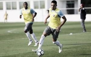 Gilberto sofre torção e é dúvida no Fluminense para clássico com Vasco