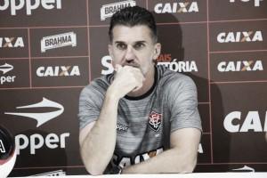 Após derrota por goleada, Vágner Mancini é demitido do Vitória