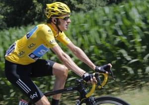 Bradley Wiggins reacts to Armstrong evidence