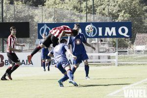 Fotos e imágenes del Bilbao Athletic 4 - Amorebieta 0, de la jornada 1 del grupo II de Segunda División