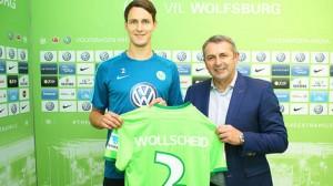 El Stoke cede a Wollscheid al Wolfsburgo