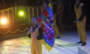 El Levante UD y los mas pequeños disfrutaron de una tarde en el circo