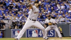 Madison Bumgarner Leads Giants In Game 1; Defeat Royals 7-1