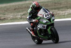 SBK Misano: Sykes in pole position davanti a Haslam e Giugliano, Biaggi 5°