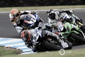 Yamaha domina en Supersport