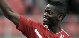 Isimat-Mirin refuerza la zaga del PSV