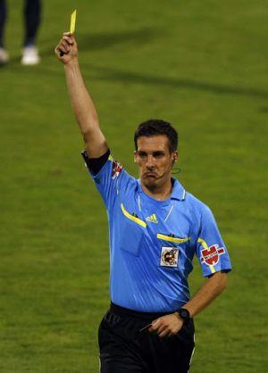 Javier Estrada Fernández será el árbitro del Celta - Granada